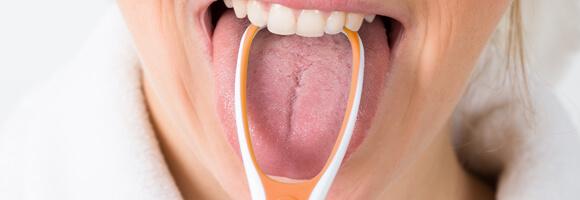Limpiador de lengua: un imprescindible en la limpieza de tu boca